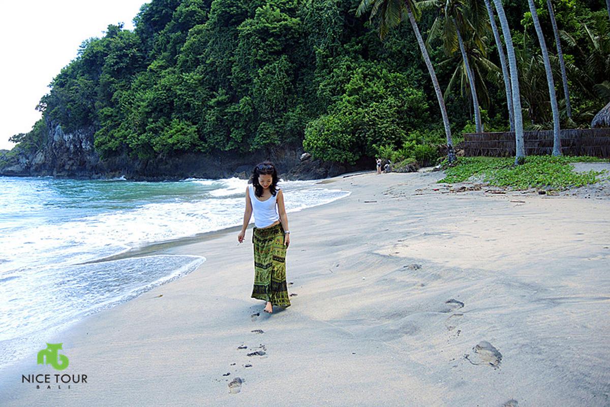 Crystal Beach at Nusa Penida