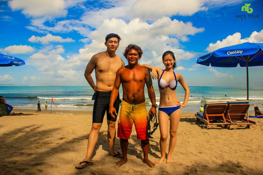 Surfing Class in Bali | Learning to surf in Bali for beginner