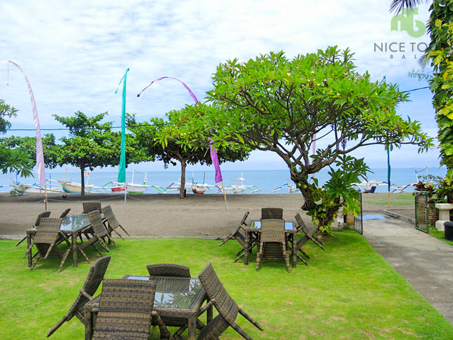 Dinner Restaurant at Aneka Lovina Beach