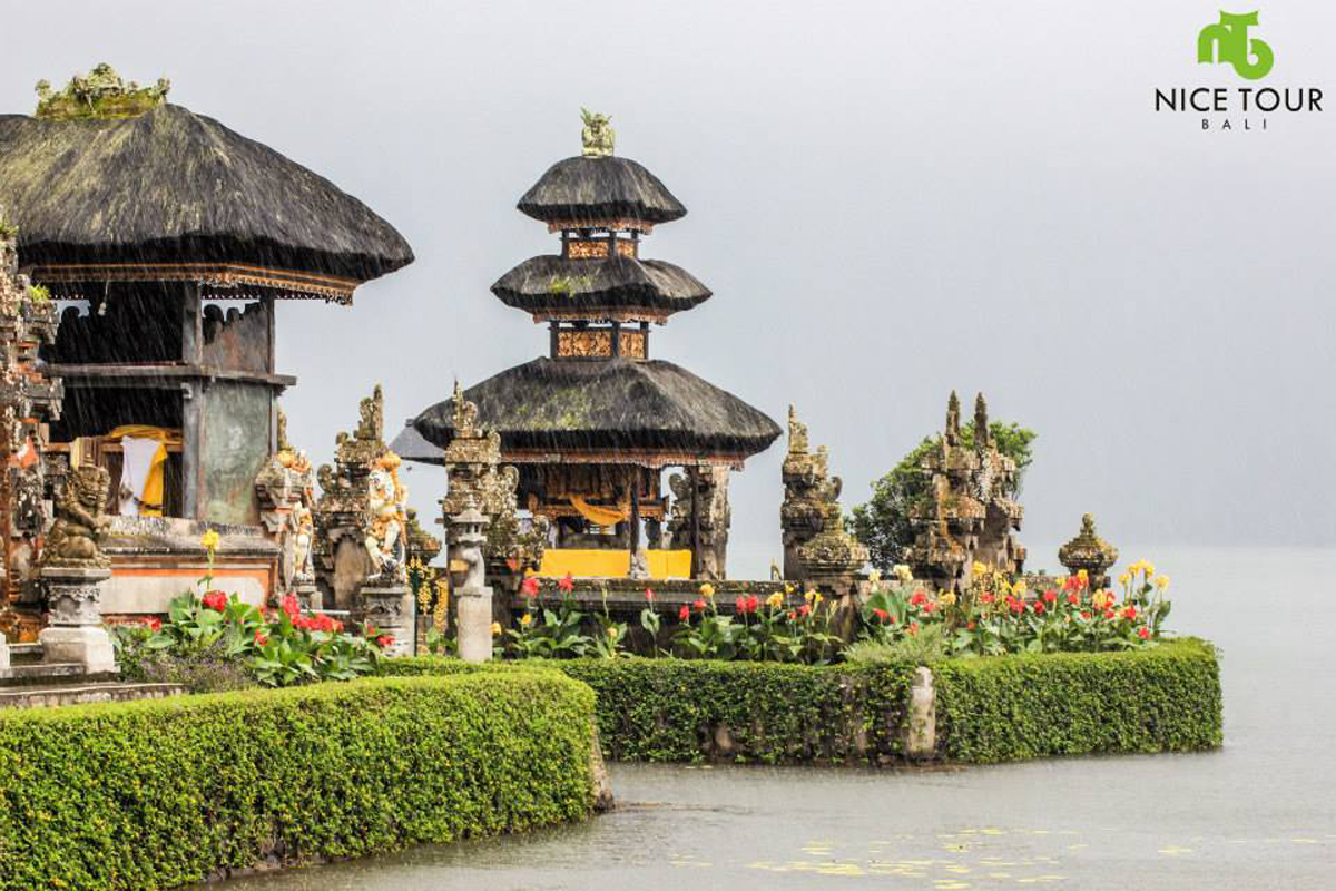 Ulun Danu Temple at Bedugul