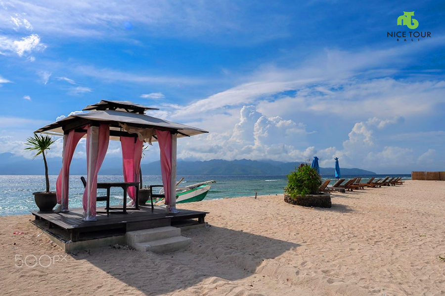 Lombok Package Tour 4 days 3 nights