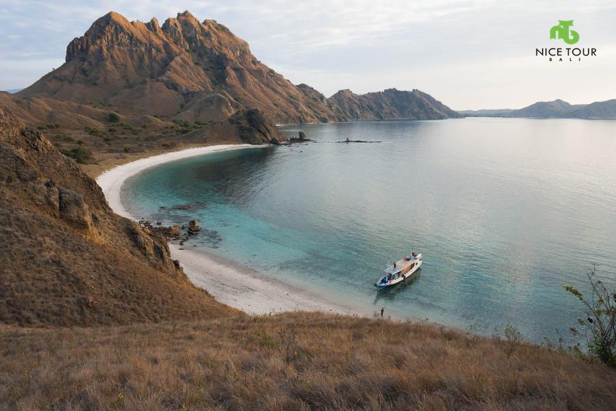 Lombok Komodo Tour 5 days 4 nights