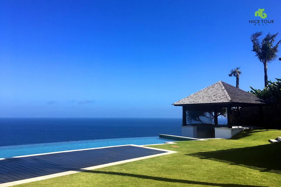 Villas in Unggasan Cliff Top Resort