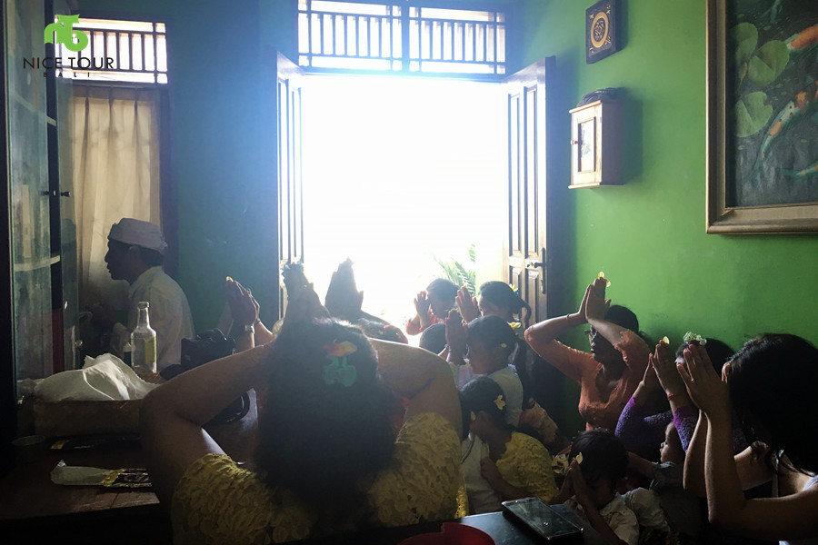 Praying Ceremony Bali
