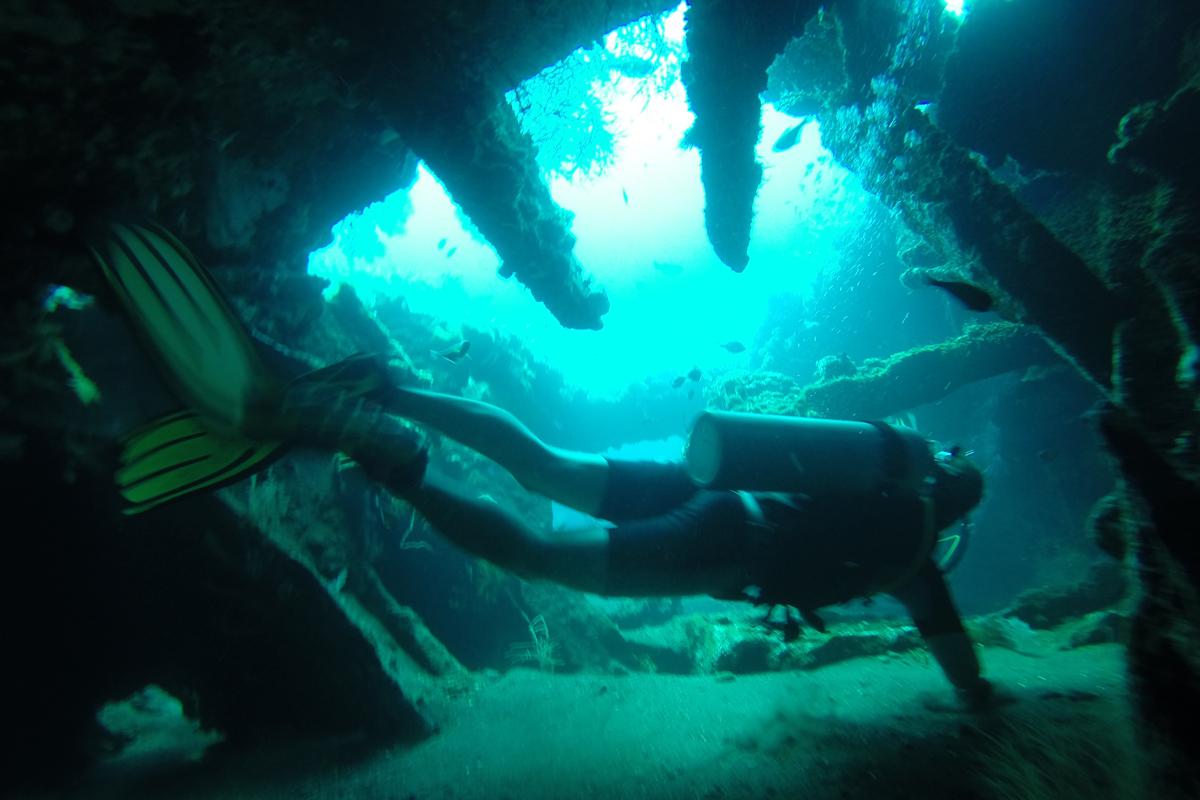 Tulamben Shipwreck Dive Package