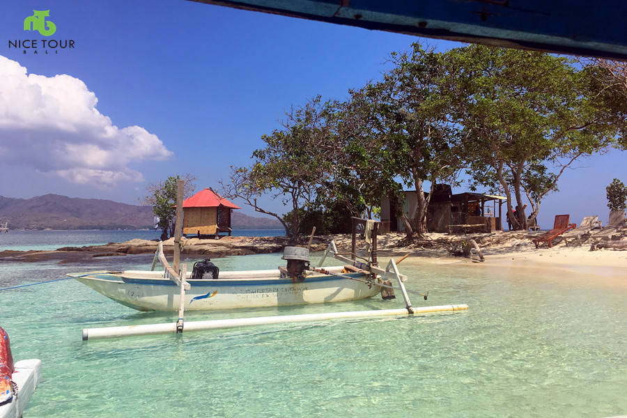Gili Kedis(Honeymoon Island Lombok)