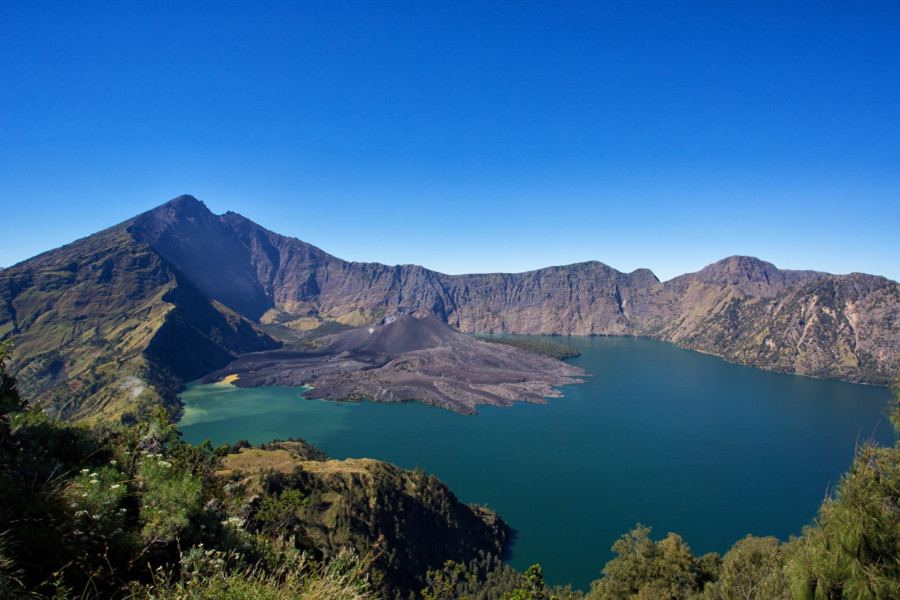 Rinjani Trekking Tour 3 days 2 nights